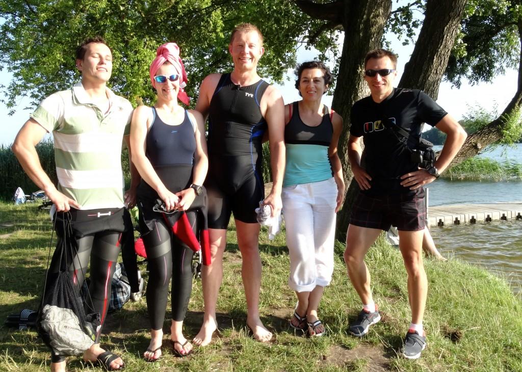 plywanie w jeziorze blog o bieganiu i stylu życia akademia triathlonu